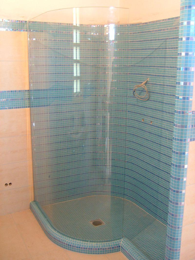Zuhanyfal hajlított, fix