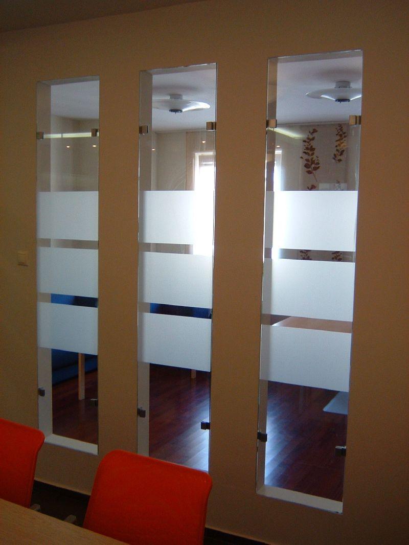 Üvegfal borítás, fix kivitel beépítés