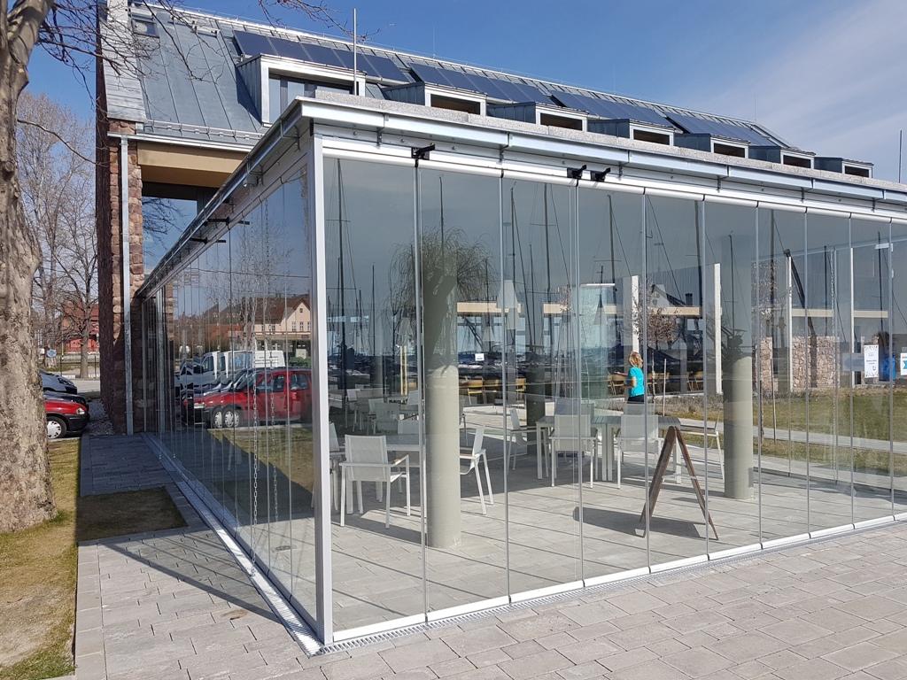 olcsó Lapozható üvegfal