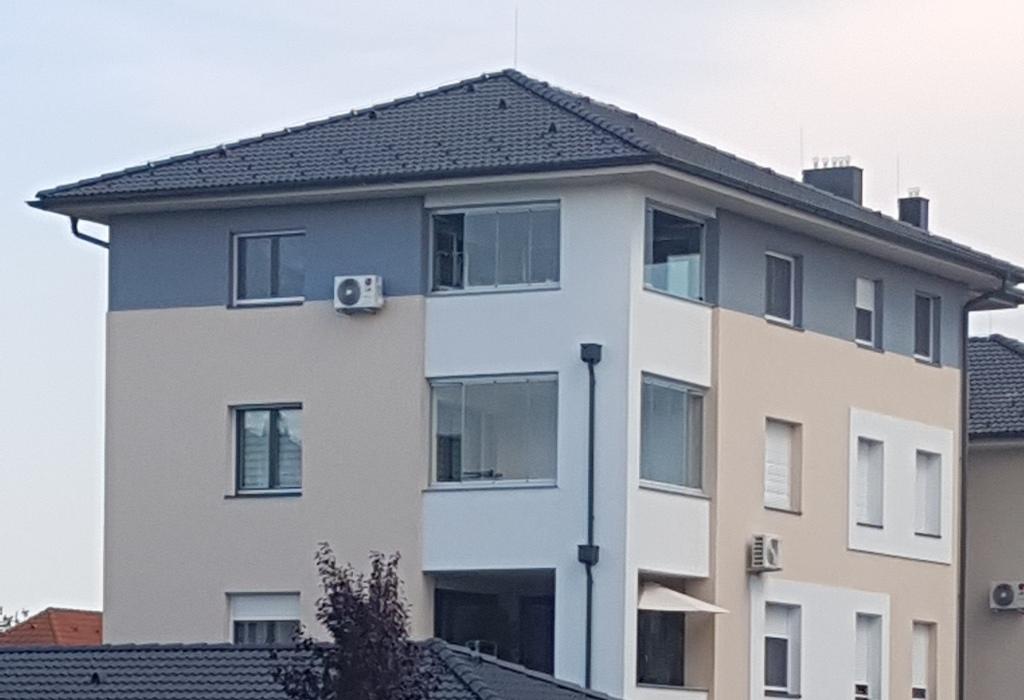 olcsó Lapozható üvegfal erkélyre